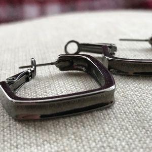 dark gray earrings